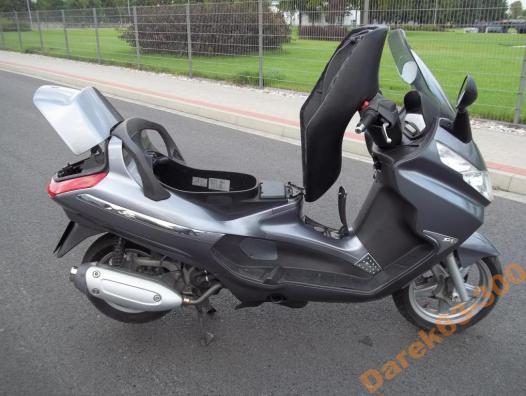 polskajazda motocykle piaggio piaggio x8 125. Black Bedroom Furniture Sets. Home Design Ideas