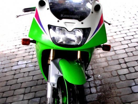 PolskaJazda » Motocykle » Kawasaki » Kawasaki ZXR 400