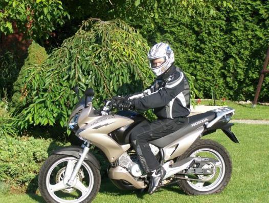 polskajazda motocykle honda honda xlv 125 varadero. Black Bedroom Furniture Sets. Home Design Ideas